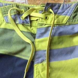 Oakley Swim - Oakley tiefront Velcro pocket lime/gray knee short
